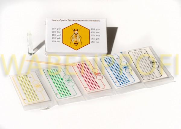 Kartengarnitur mit Nummern alle 5 Farben